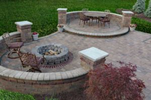 patio-and-firepit-600x400